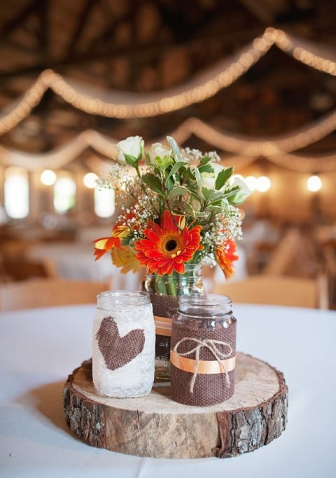 wooden wedding decor 58 fabulous wedding centerpieces happywedd 1489