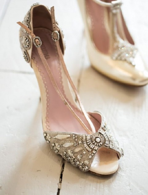vintage wedding shoes for bride 47 gorgeous vintage wedding shoes happywedd 8334