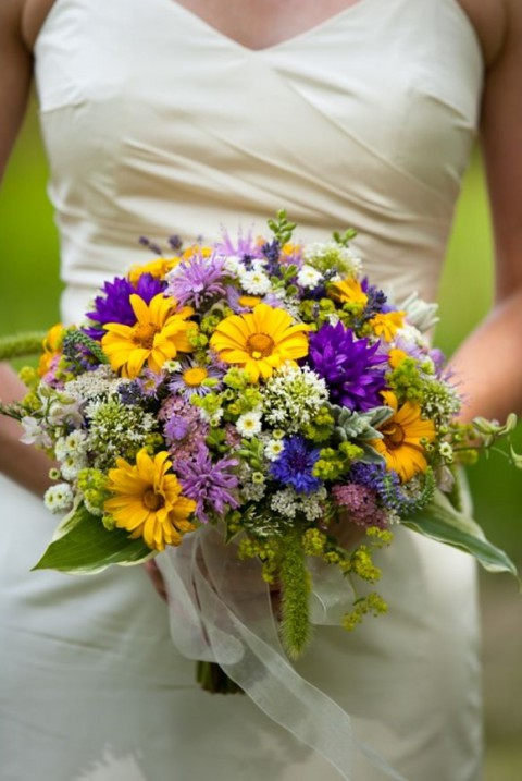 wildflower bouquets for weddings 100 amazing summer wedding bouquets for every 1411