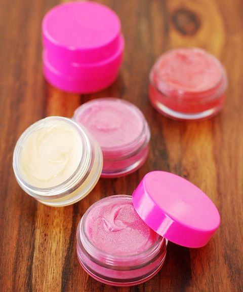 25 DIY Beauty Favors For Your Bridal Shower Or Bridesmaids