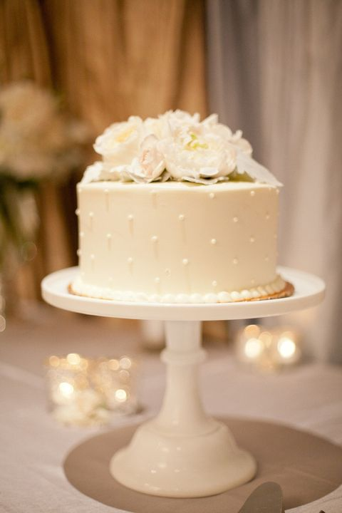 one tier wedding cake 45 delicious one tier wedding cakes to get inspired 6248
