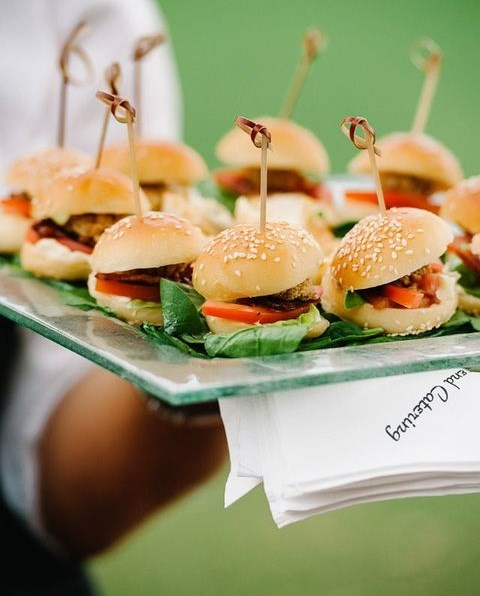 63 Awesome To Serve Burgers At Your Wedding
