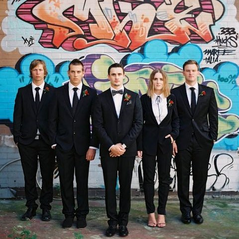 33 Stylish Groomswoman Outfit Ideas
