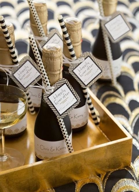 28 Chic And Stylish Art Deco Wedding Favors