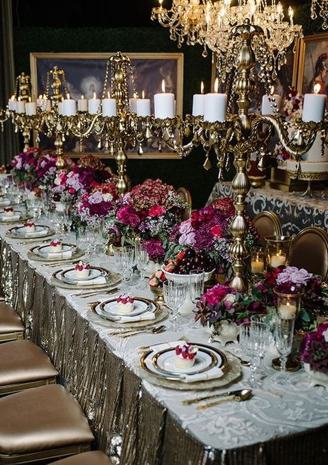 vintage wedding reception table decorations 44 refined vintage wedding table settings happywedd 8326