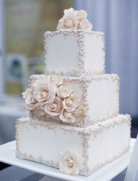 wedding cakes with square and round tiers 53 square wedding cakes that wow happywedd 26119
