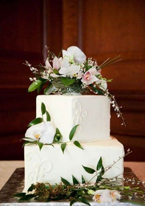 how to make a square wedding cake 53 square wedding cakes that wow happywedd 15857