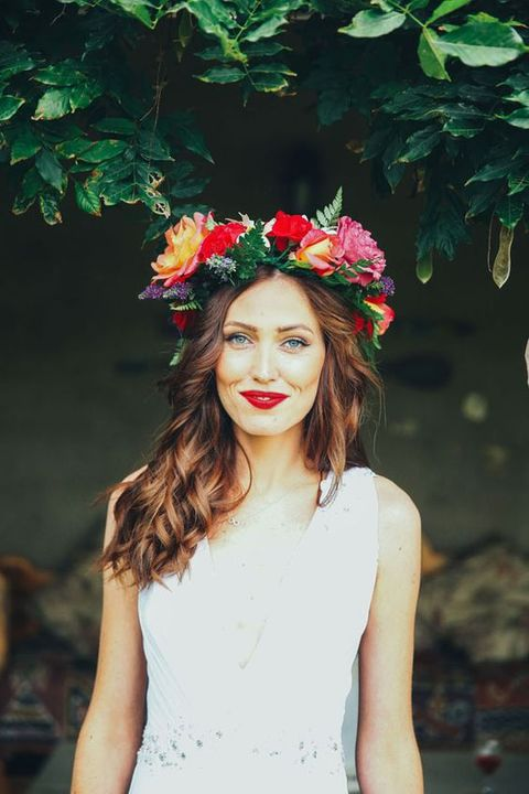 78 Fabulous Summer Bridal Crowns To Get Inspired