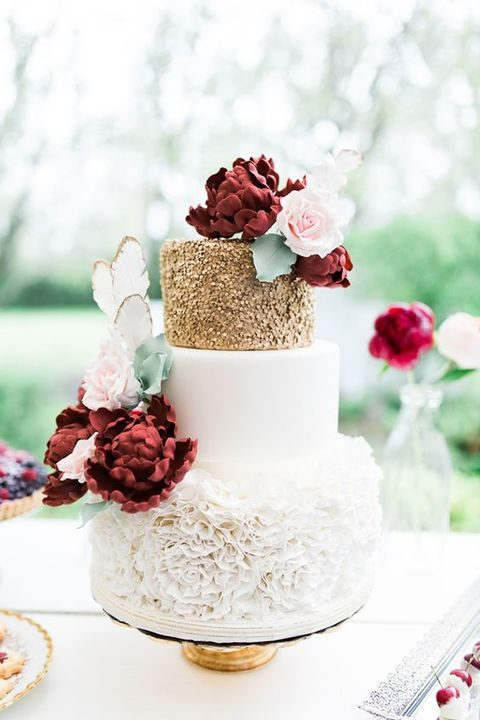 navy burgundy and gold wedding cake 44 burgundy and gold wedding ideas happywedd 17783